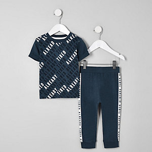 Mini - Marineblauwe pyjamaset met 'Always tired'-print voor jongens