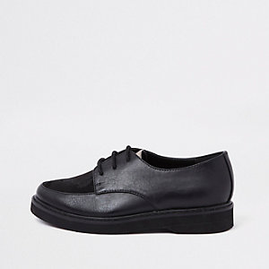 RI 30 boys black creeper shoes