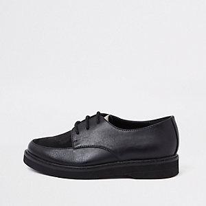 RI 30 - Zwarte schoenen met rubber zool voor jongens