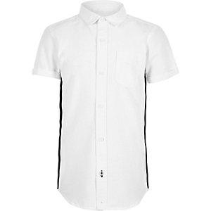 Wit Oxford overhemd met korte mouwen en streep voor jongens