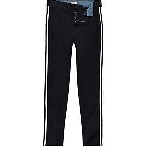 Dylan - Marineblauwe chinobroek met streep opzij voor jongens