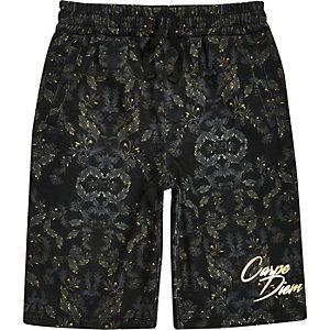 """Shorts in Khaki """"Carpe Diem"""""""