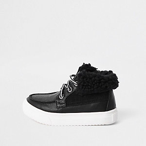 Mini - Zwarte laarzen met borgrand voor jongens