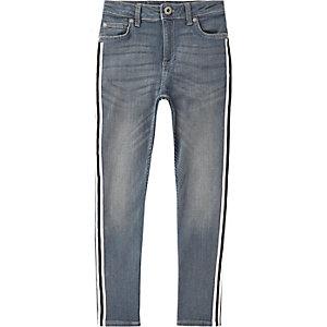 Sid - Middenblauwe skinny jeans met streep opzij voor jongens
