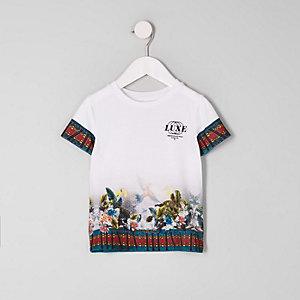 Mini - Wit T-shirt met 'luxe'-  en tropische print voor jongens