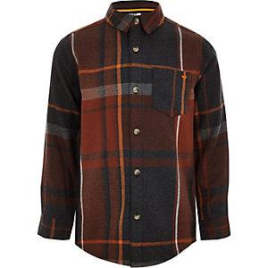Rot kariertes, langärmeliges Hemd mit Knopfverschluss