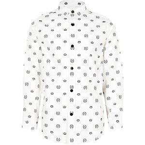 Weißes Hemd mit Print und Knöpfen