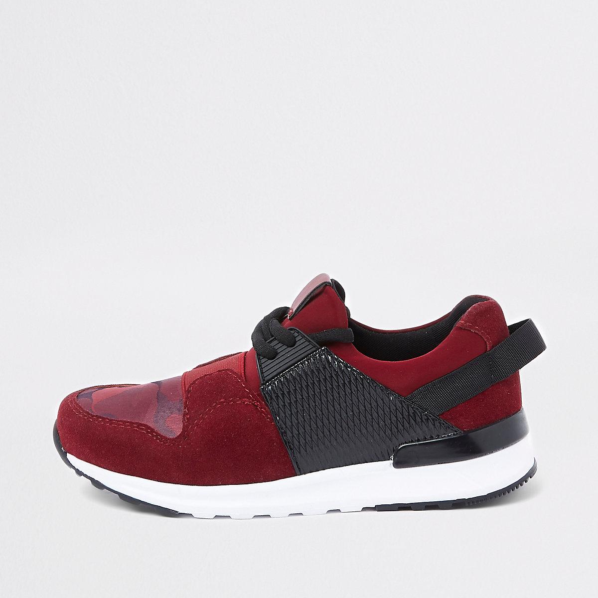 Boys dark red camo insert runner sneakers