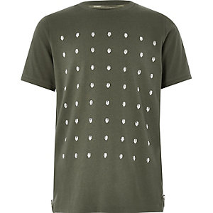 Nietenverziertes T-Shirt in Khaki