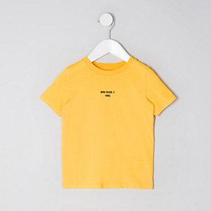 Mini - Geel T-shirt met bies en 'mini dude'-print voor jongens