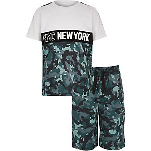 Boys white camo mesh T-shirt outfit