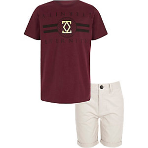 Boys dark red T-shirt and chino shorts outfit