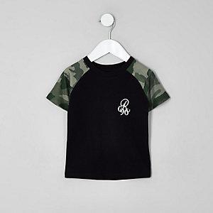 Mini - Zwart T-shirt met camouflageprint en raglanmouwen voor jongens