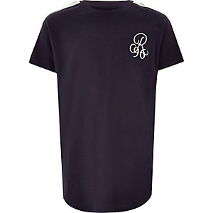 Boys navy 'R96 curve hem T-shirt