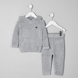 Mini boys grey cosy hoodie outfit