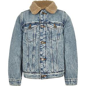 Veste en jean bleue avec peau de mouton pour garçon