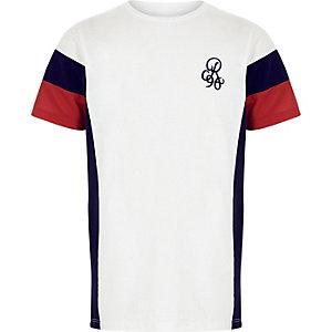Wit T-shirt met print en kleurvlakken voor jongens