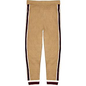 Pantalon de jogging en maille marron avec bordure rayée pour garçon