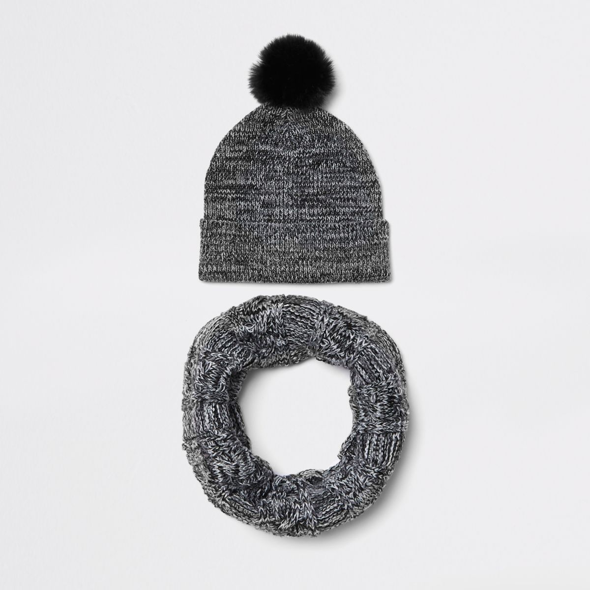 Boys grey beanie hat and snood set