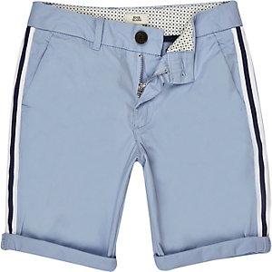 Blaue Chino-Shorts