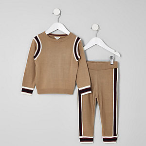 Mini boys brown jumper and joggers outfit
