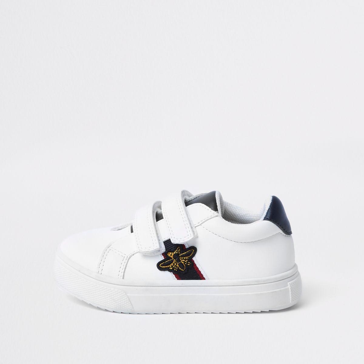 Mini boys white bee plimsolls