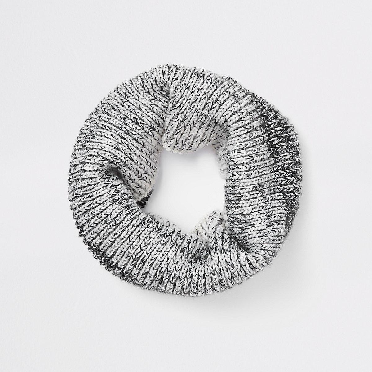 Boys grey ombre knit scarf