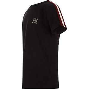 Zwart T-shirt met bies op de mouwen voor jongens