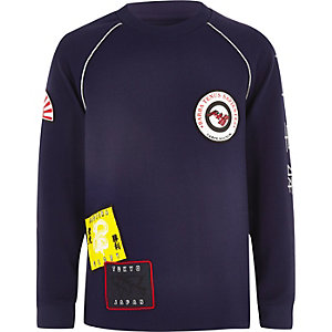RI Studio - Marineblauw sweatshirt met badge voor jongens