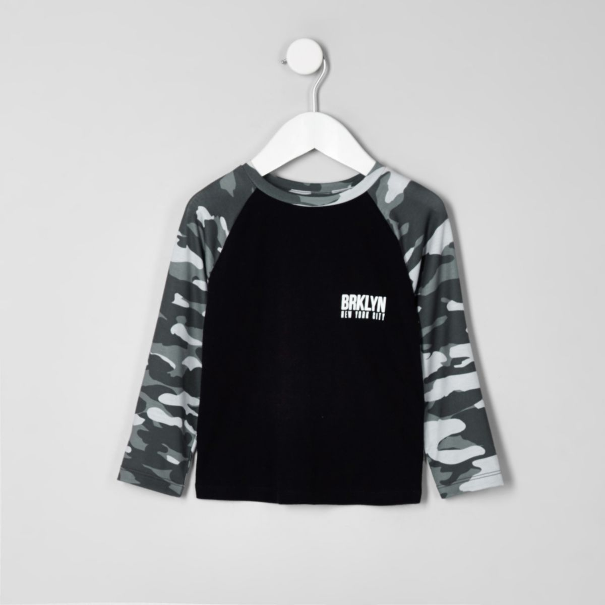 Mini boys camo long sleeve raglan T-shirt