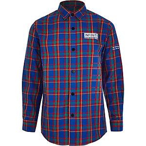 Blauw geruit overhemd met 'Infinite'-print voor jongens