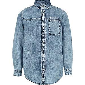 Chemise en jean bleue délavée à l'acide pour garçon