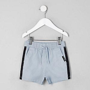 Short droit bleu à bandes latérales pour mini garçon