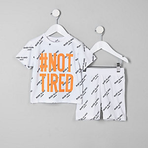Mini boys white 'Not tired' pajama set