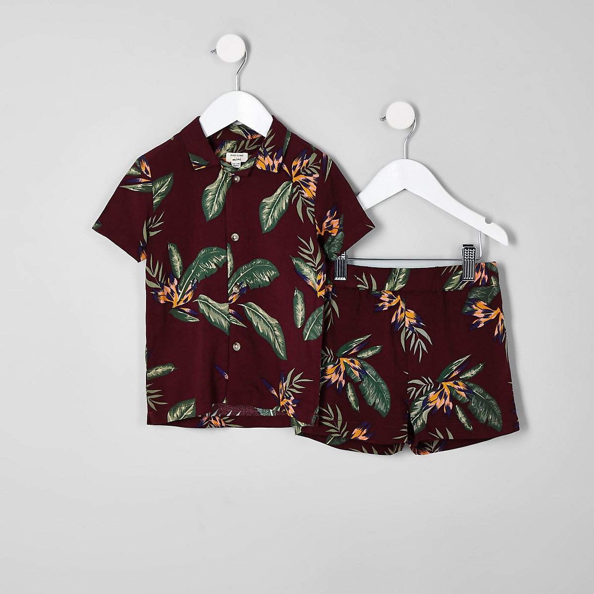 Mini boys burgundy leaf print short outfit