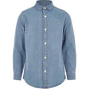 Boys mid blue wasp embroidered denim shirt