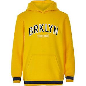 Sweat à capuche à imprimé « Brklyn » jaune pour garçon