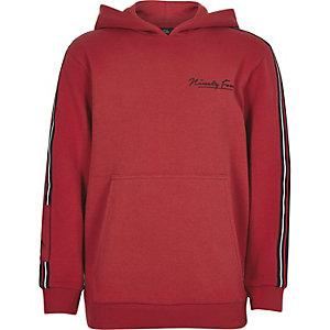 Rode hoodie met bies en 'Ninety four'-print voor jongens