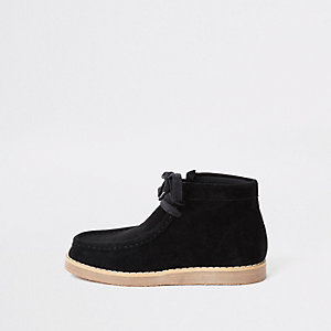 Boys black lace up crepe boots