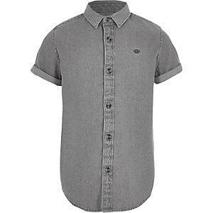 Chemise en denim grise à broderie guêpe pour garçon