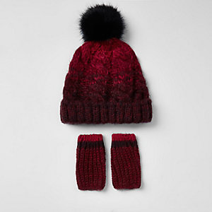Mini boys red ombre beanie hat and mit set