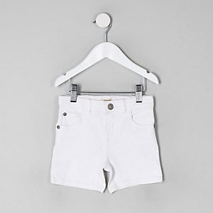 Dylan – Weiße Skinny Fit Jeansshorts