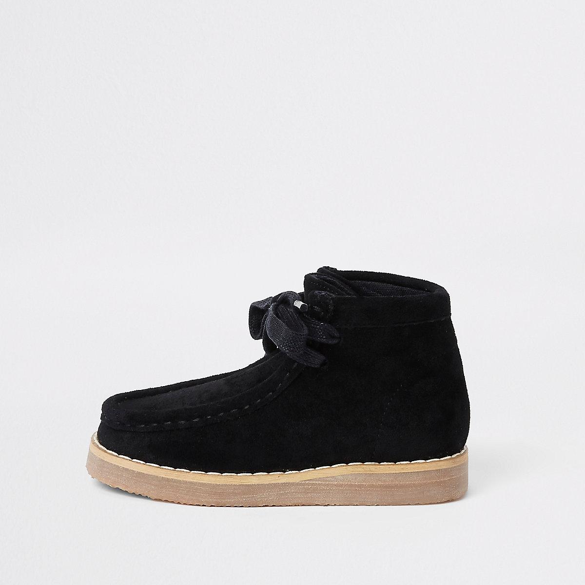 Mini boys black lace up crepe boots