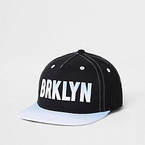 Casquette «Brkyln» noire avec languette de réglage pour garçon