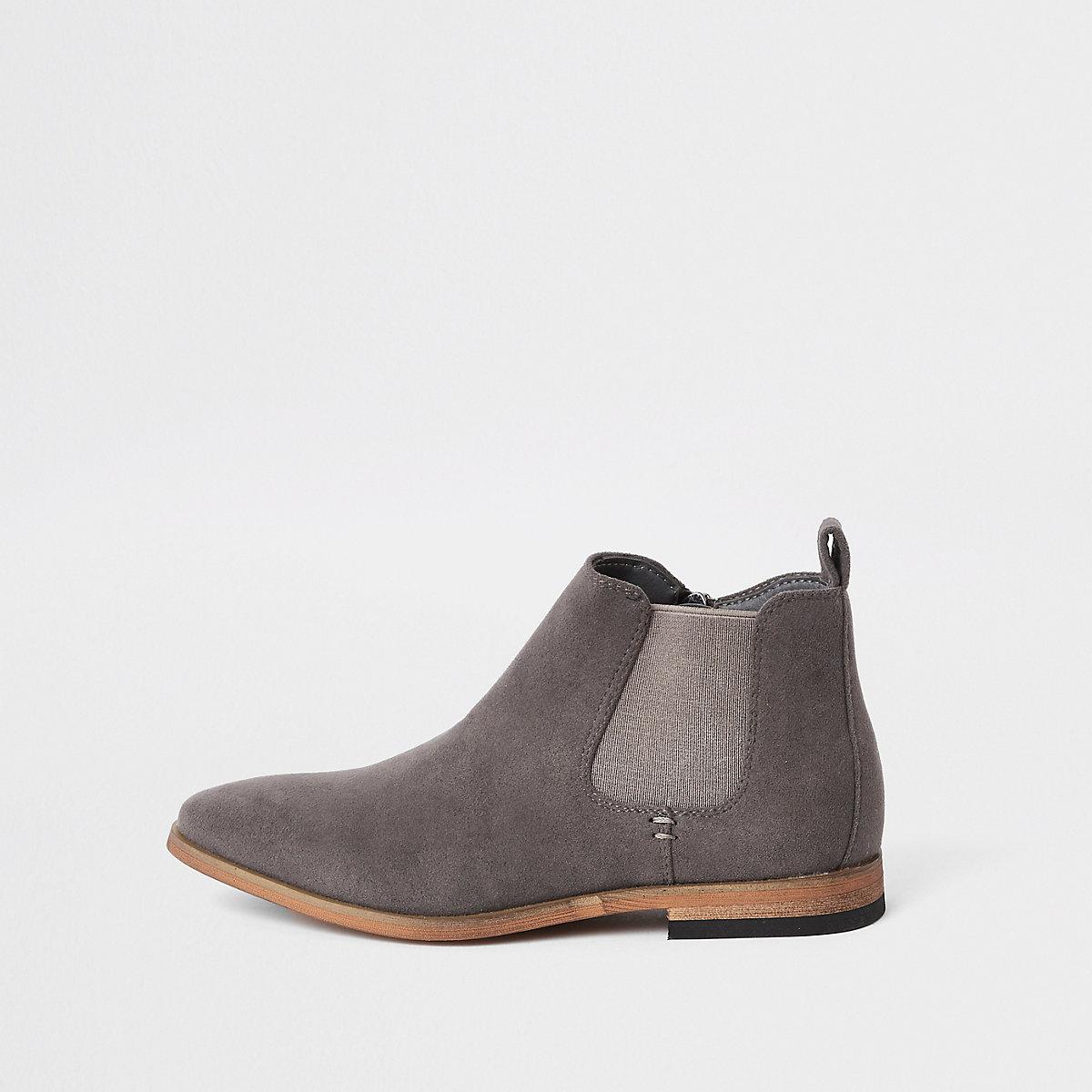 Boys grey Chelsea boots