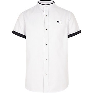 Boys white contrast trim shirt