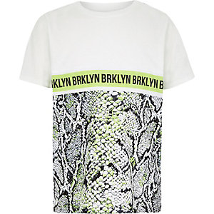 Boys white snake print T-shirt