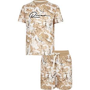 Oufit met kiezelkleurig T-shirt met camouflage- en 'River'-print voor jongens