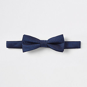 Boys bright blue bow tie