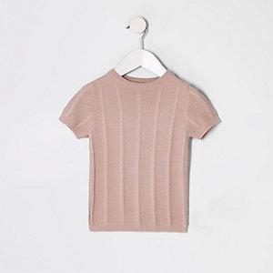 Pinkes Oberteil mit Ziernaht
